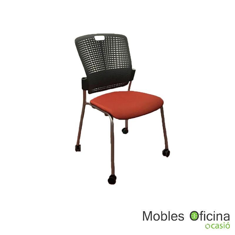 silla negra y caldera
