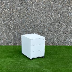 Buc metàl·lic blanc
