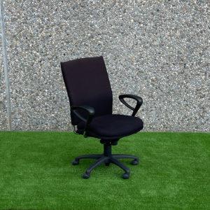 Cadira negra